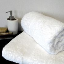 Hotel Pure Luxury 600 GSM 100% Turkish Cotton Hand Towel (In Packs of 2)