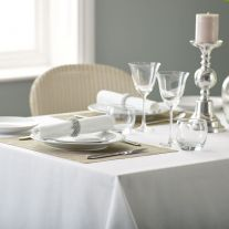 V Polyester Plain White Tablecloth (In Packs of 5)