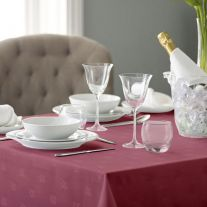 100% Spun Polyester Ivy Leaf Design Coloured Bistro Tablecloth (In Packs of 10)