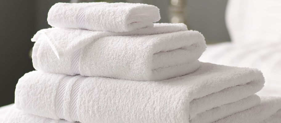 fluffy white cotton bath towels